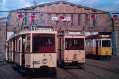 Historische Triebwagen verschiedener Baureihen auf dem Betriebshof Niederschönhausen