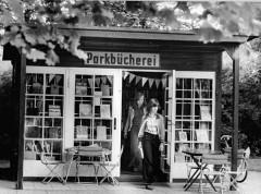 ,_Pankow,_Parkbücherei, Bürgerpark
